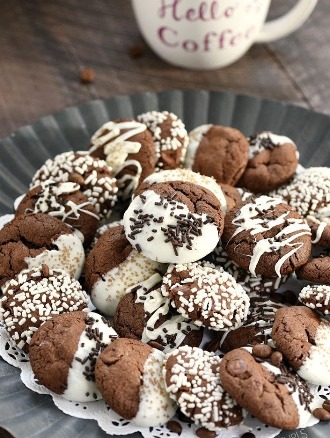 Chocolate Mocha Cookies are perfect for the coffee addict in all of us! cookingwithcurls.com