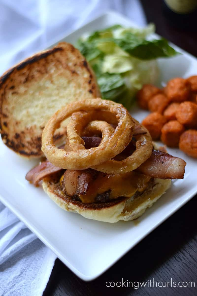 Guinness Burger by cookingwithcurls.com