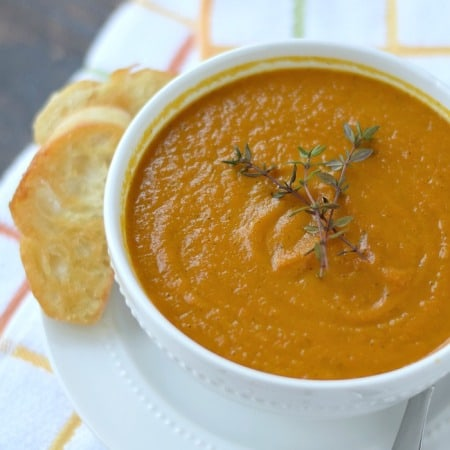 Roasted Carrot Soup with Crustini | cookingwithcurls.com