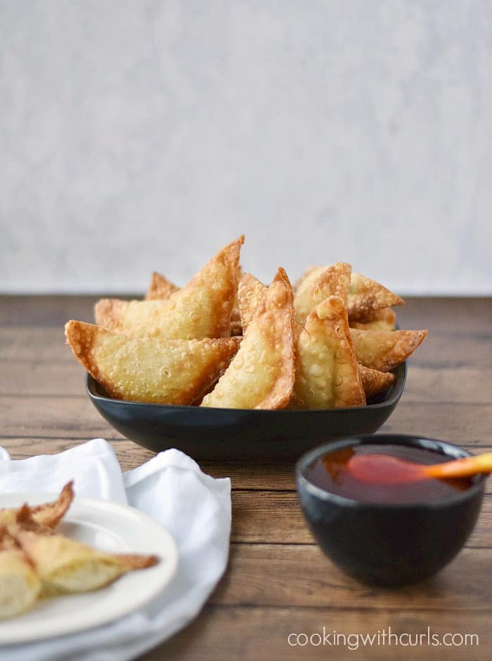Crab Rangoons | cookingwithcurls.com #appetizers