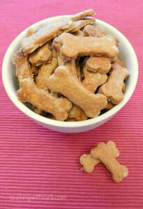 Homemade Peanut Butter and Banana Dog Biscuits for your canine friend! cookingwithcurls.com