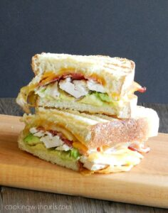 With grilled chicken, melted cheese, bacon and avocado ranch for fillings, no one in the family will turn down this Grilled California Club for dinner! cookingwithcurls.com