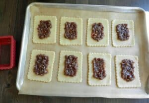 Blonde Fatale Pop Tarts Filling cookingwithcurls.com