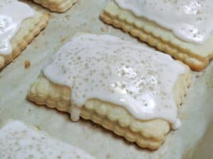 Blonde Fatale Pop Tarts Sprinkle cookingwithcurls.com