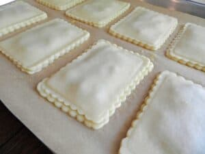 Blonde Fatale Pop Tarts top cookingwithcurls.com