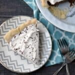Rich and creamy Chocolate Cream Pie | cookingwithcurls.com