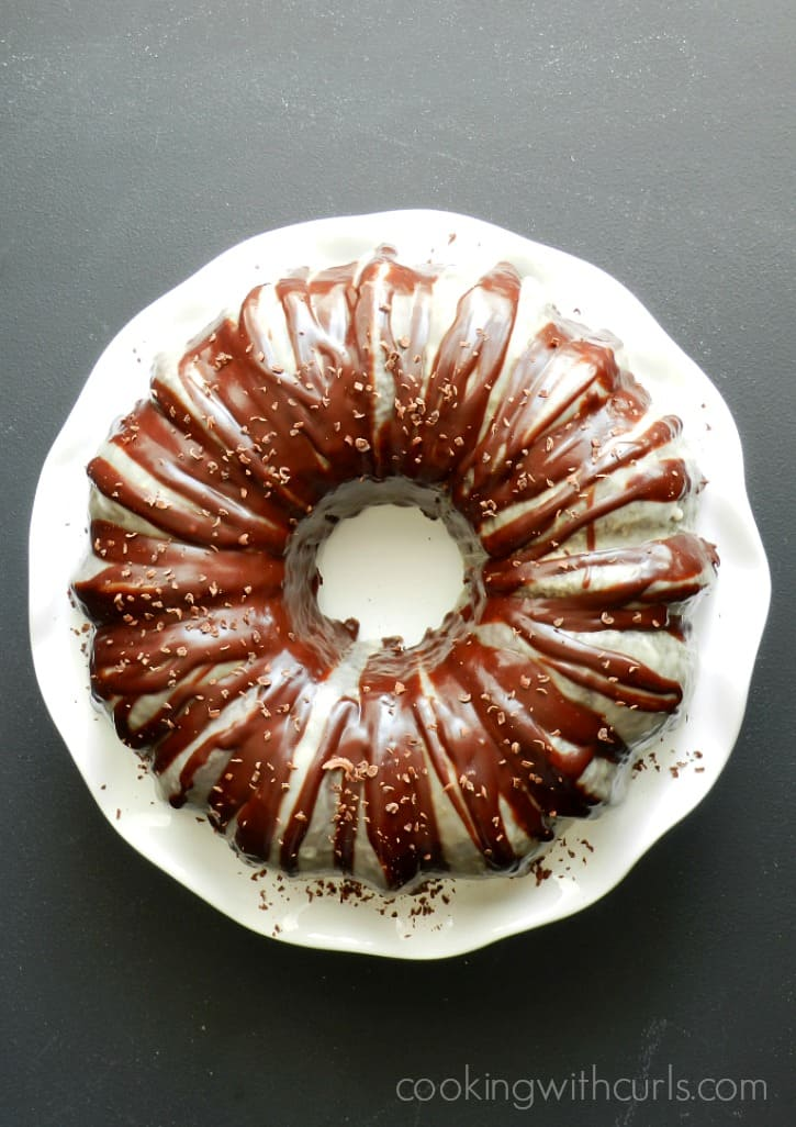 This Peppermint Mocha Cocktail Cake is sinfully delicious, and loved by everyone cookingwithcurls.com