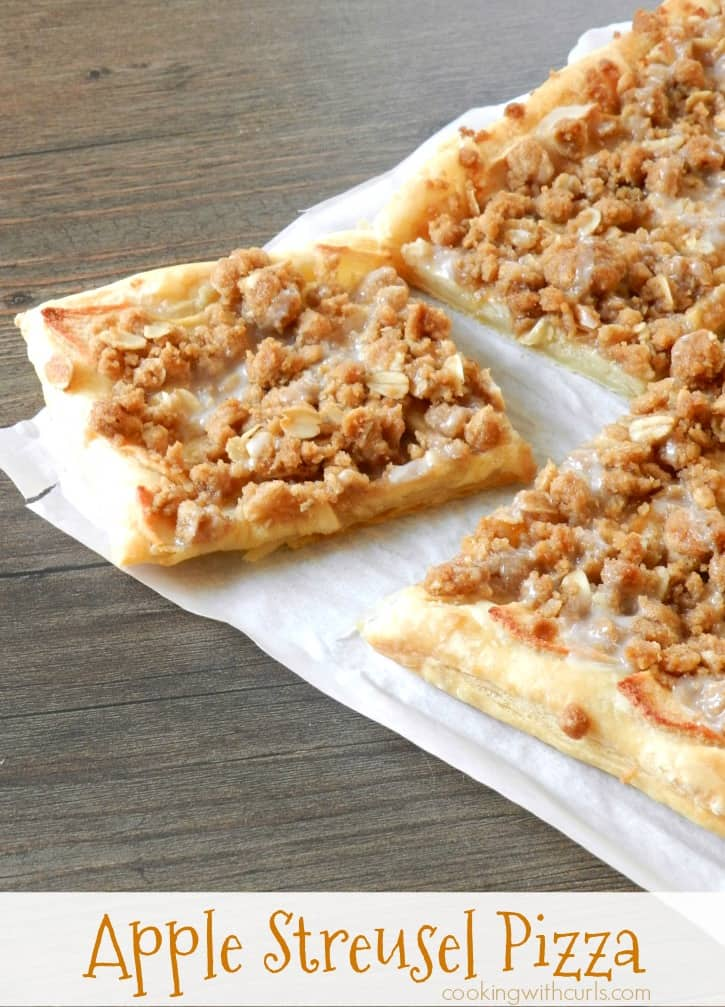 A flaky puff-pastry crust topped with apples and a crumb topping bake up to create an amazing Apple Streusel Pizza! cookingwithcurls.com