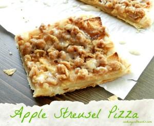 Apple Streusel Pizza