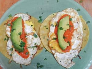 Huevos Rancheros soft avo cookingwithcurls.com