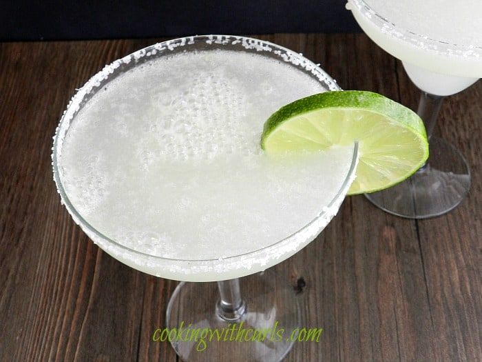 Margaritas by cookingwithcurls.com