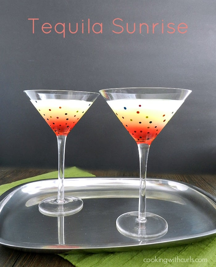 Tequila Sunrise cookingwithcurls.com #cincodemayo #cocktails