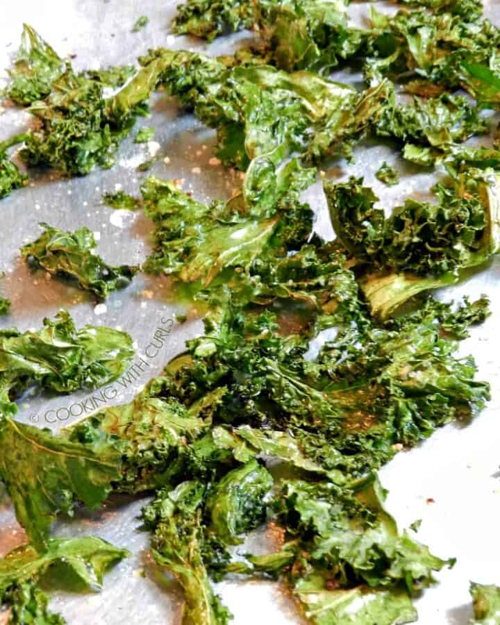 Kale Chips baked and seasoned with garlic, pepper and sea salt.