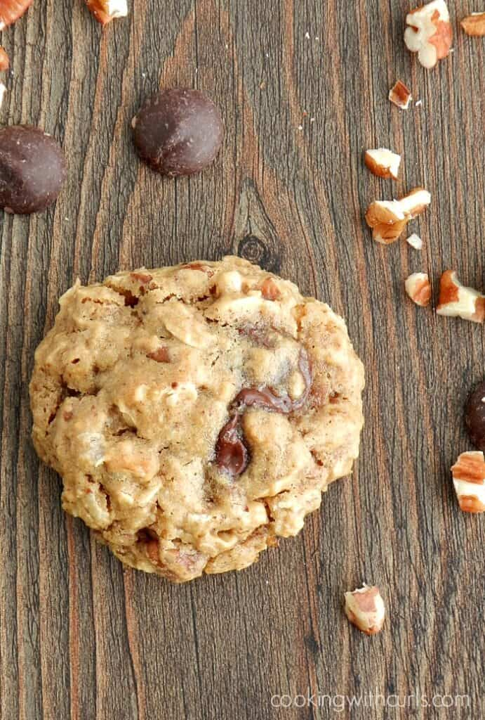 Chocolate Chip Oatmeal Pecan Cookies aka Healthy Cookies are soft, delicious and vegan! cookingwithcurls.com