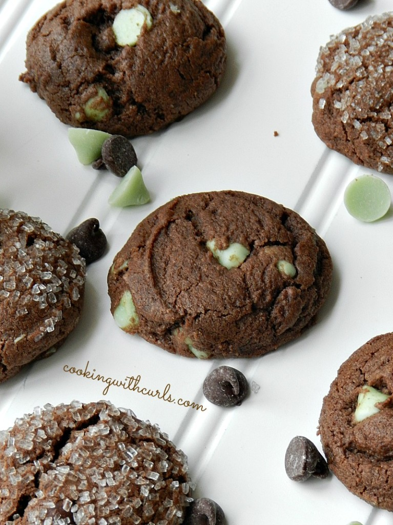 Dark Chocolate Peppermint Cookies by cookingwithcurls.com