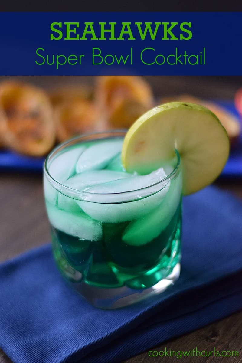 Seahawks Super Bowl Cocktail cookingwithcurls.com