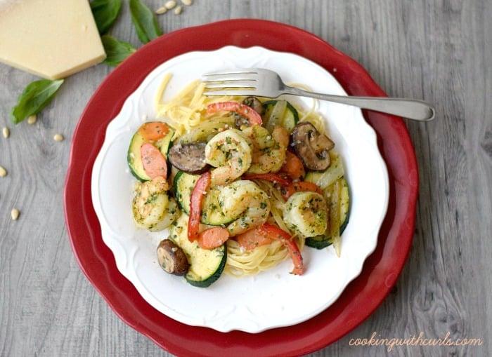Shrimp Pesto - cookingwithcurls.com
