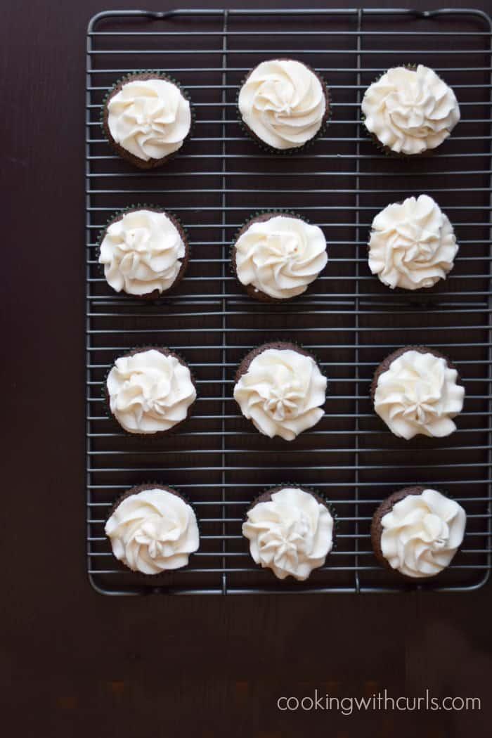 Baileys Kiss Cupcakes cookingwithcurls.com