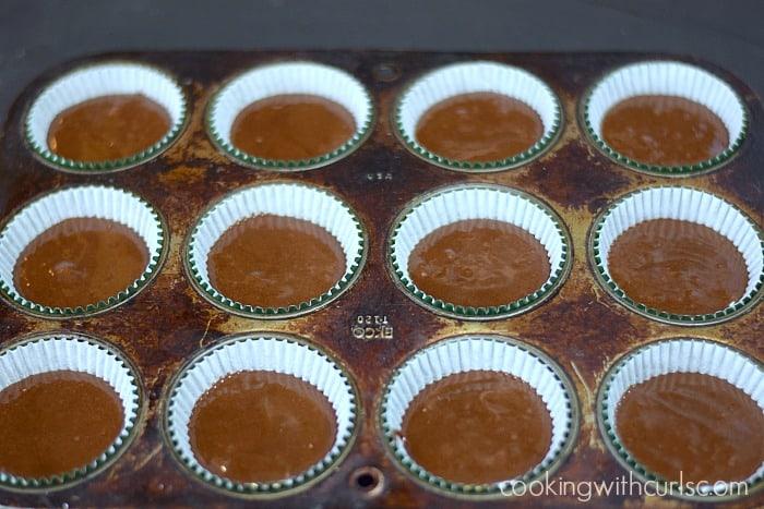 Baileys Kiss Cupcakes pan cookingwithcurls.com