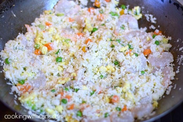 Paleo Shrimp Fried Rice stir cookingwithcurls.com