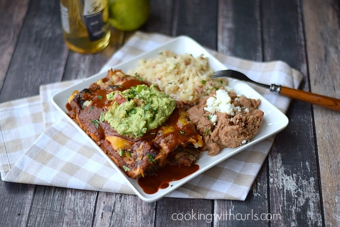 Shredded Beef Enchiladas cookingwithcurls.com #cincodemayo