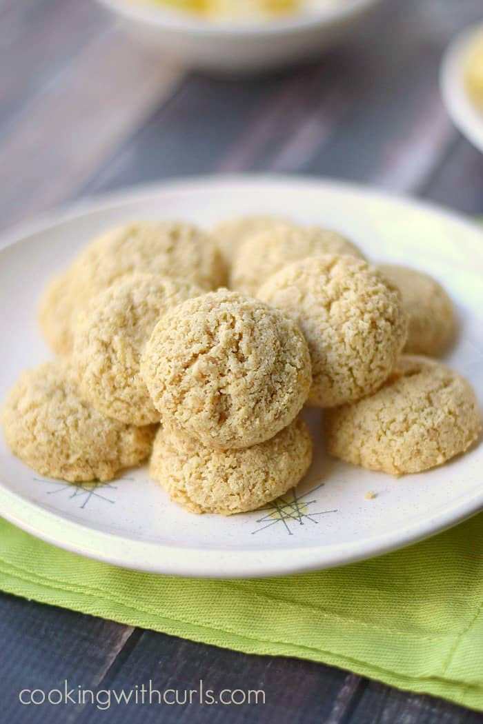 Clean Lemon Cookies!! cookingwithcurls.com