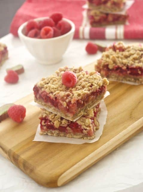 raspberry-rhubarb-crisp-bars4