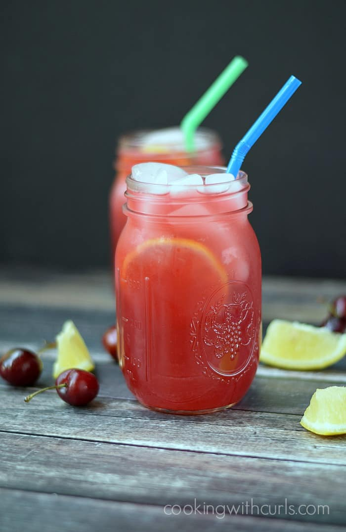 Cherry Lemonade | cookingwithcurls.com | Cooking with Astrology #Cancer