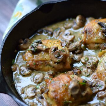 Chicken au Champagne | cookingwithcurls.com | #France #foodoftheworld