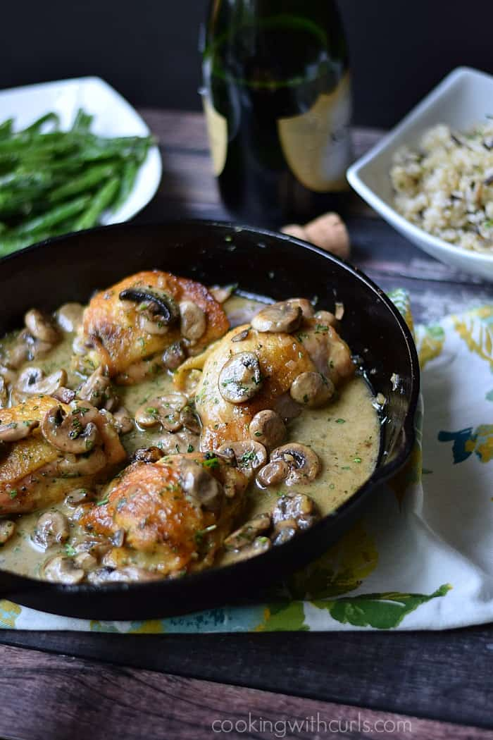 Chicken au Champagne | cookingwithcurls.com | #foodoftheworld #france
