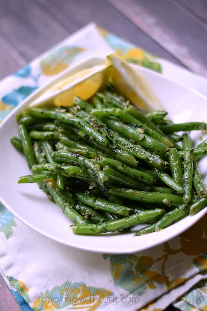 French Green Beans {Haricot Verts} | cookingwithcurls.com