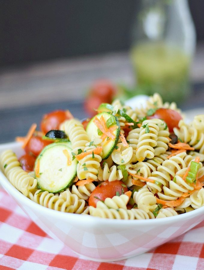 Healthy Italian Pasta Salad | cookingwithcurls.com