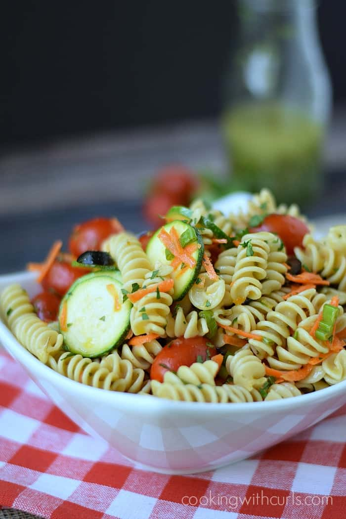 Healthy Italian Pasta Salad | cookingwithcurls.com | Cooking with Astrology #Cancer