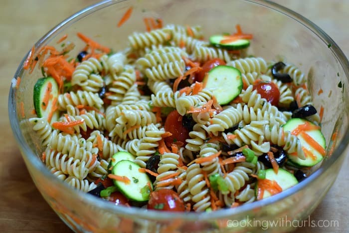 Healthy Italian Pasta Salad mix cookingwithcurls.com