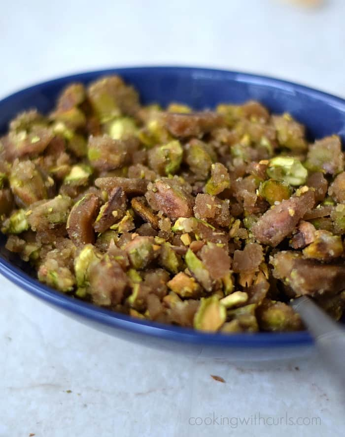 Pistachio Praline | cookingwithcurls.com