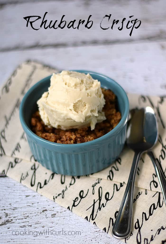 Rhubarb Crisp with Vanilla Ice Cream | cookingwithcurls.com