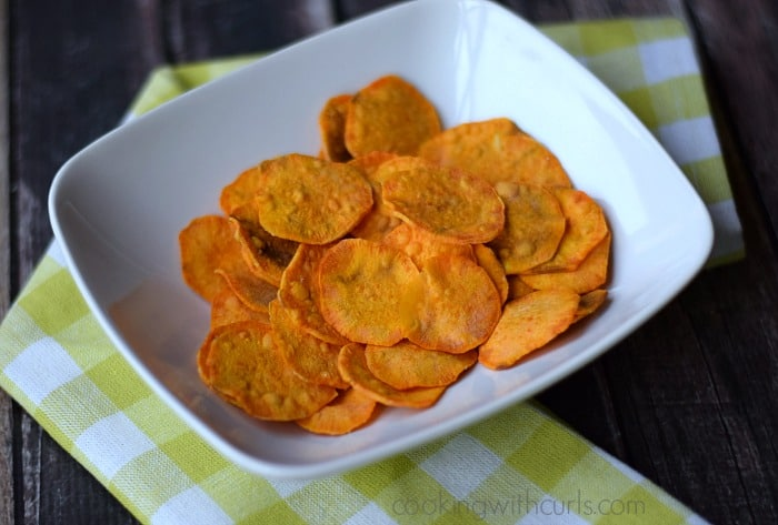 Sweet Potato Chips | cookingwithcurls.com | #snacks #paleo