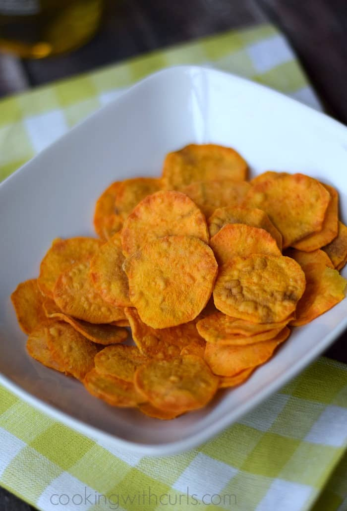 Sweet Potato Chips | cookingwithcurls.com