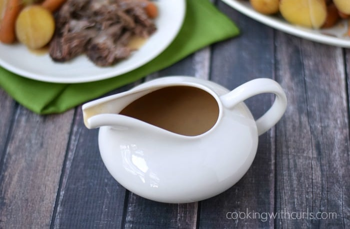 Beef Gravy - perfect with Pot Roast | cookingwithcurls.com