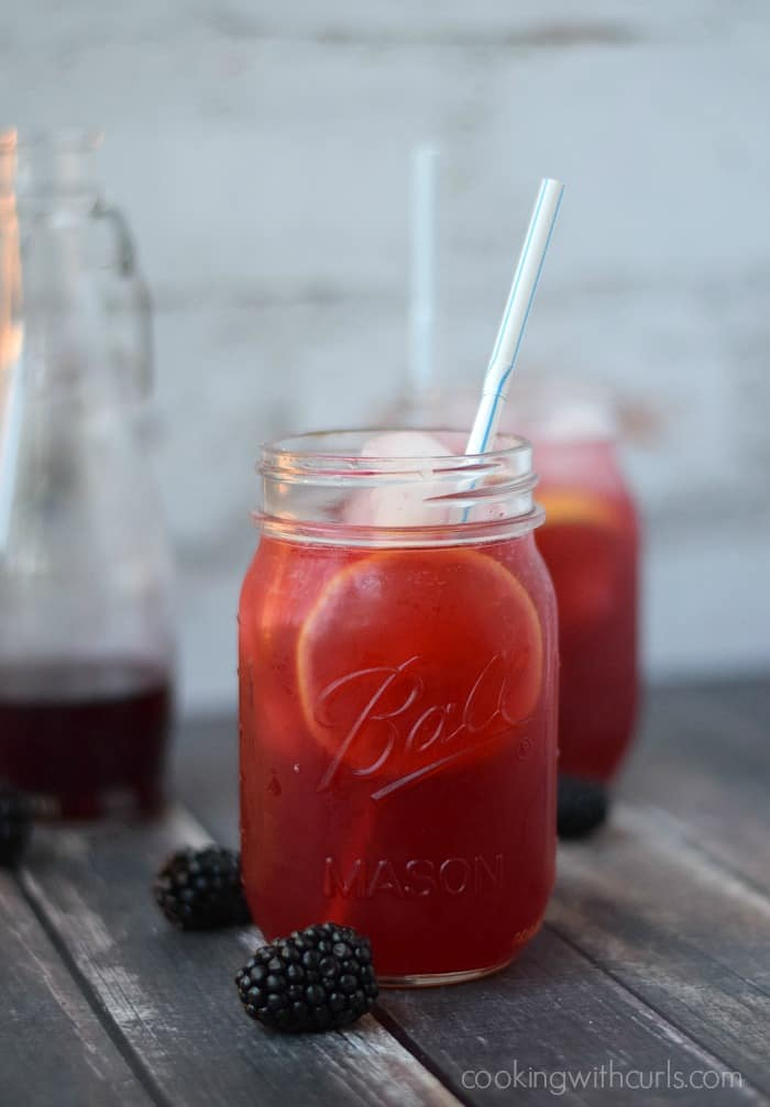 Blackberry Lemonade | cookingwithcurls.com | Cooking with Astrology #Virgo