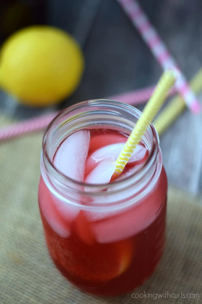 Blackberry Passion Tea Lemonade | cookingwithcurls.com