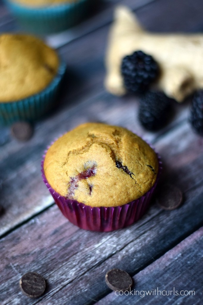 Clean Blackberry Ginger Chocolate Muffins | cookingwithcurls.com
