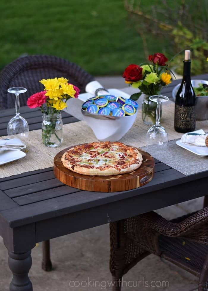 End of Summer Pizza Party with DIGIORNO and DRUMSTICK | cookingwithcurls.com | #MyGoodLife #CollectiveBias #shop