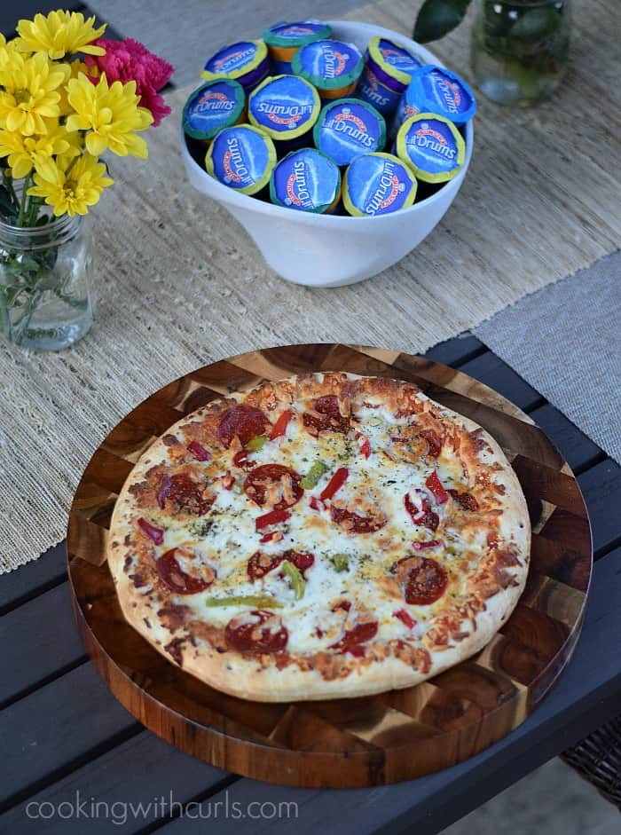 End of Summer Pizza Party with DRUMSTICK and DIGIORNO #MyGoodLife #CollectiveBias #shop | cookingwithcurls.com