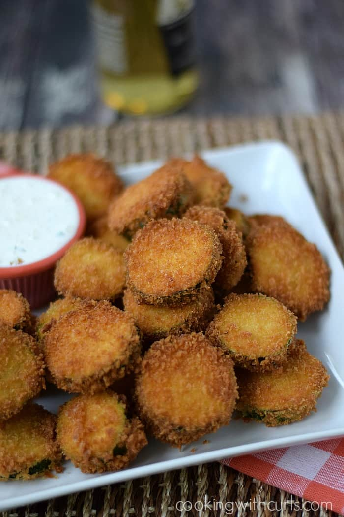 Fried Zucchini with Creamy Ranch Dressing | cookingwithcurls.com