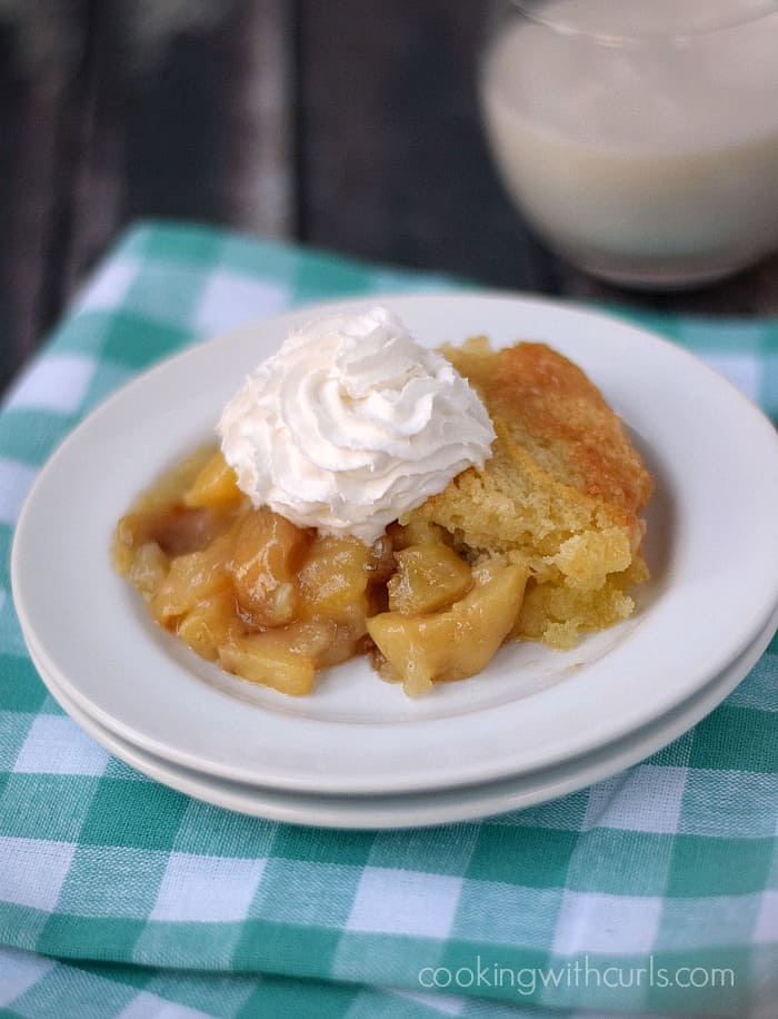 Peach Cobbler - cookingwithcurls.com