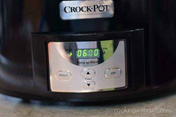 Slow Cooker Barbecue Beef Sandwiches 6 hours cookingwithcurls.com