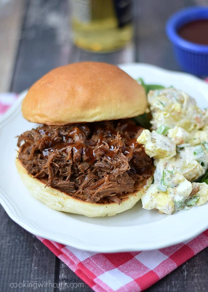 Slow Cooker Barbecue Beef Sandwiches | cookingwithcurls.com