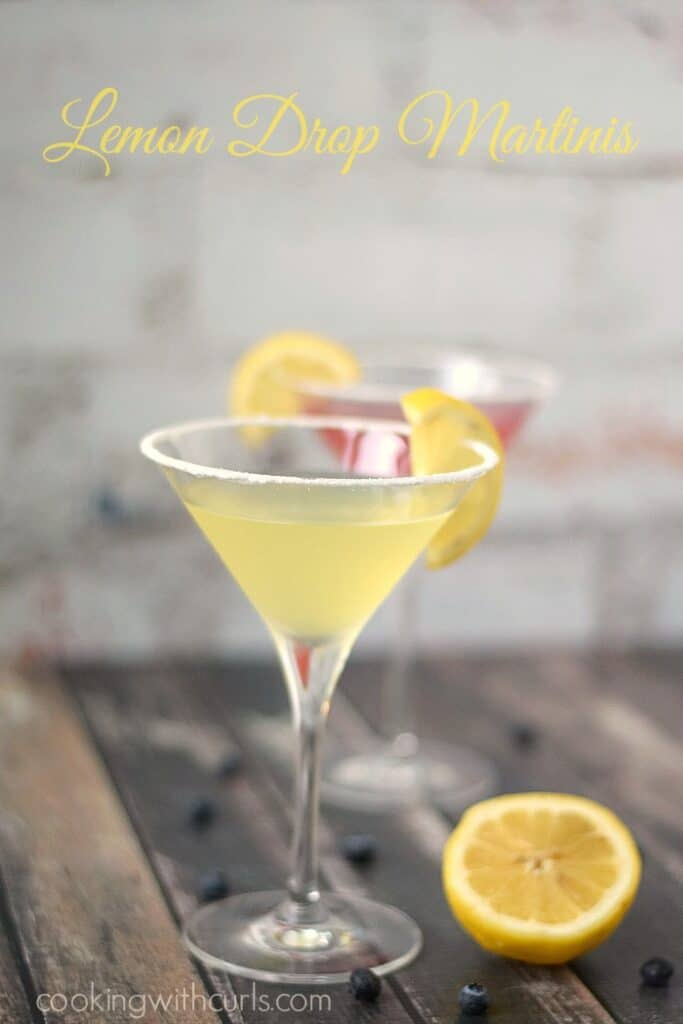 Lemon Drop Martinis are sweet and refreshing like sunshine in a glass! cookingwithcurls.com