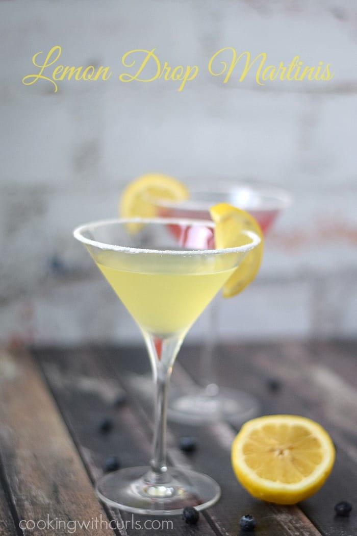 Lemon Drop Martinis | cookingwithcurls.com